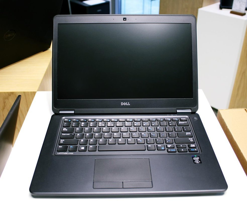 Laptop Dell 14 cali